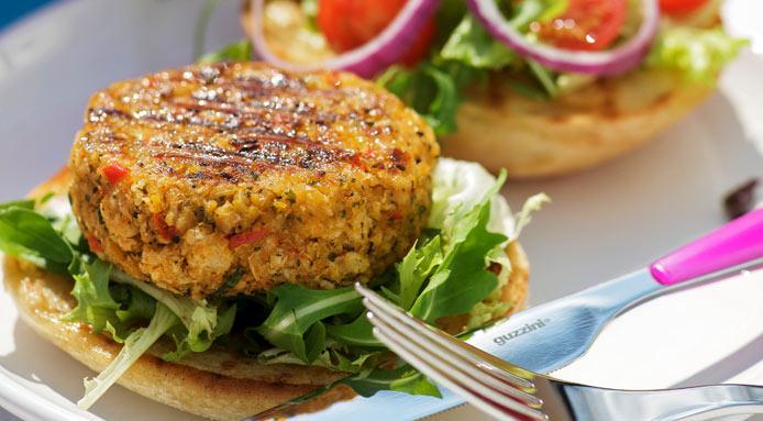 Vegaburger van Kikkererwten I BBQ Recept I A-Z Barbecue Service