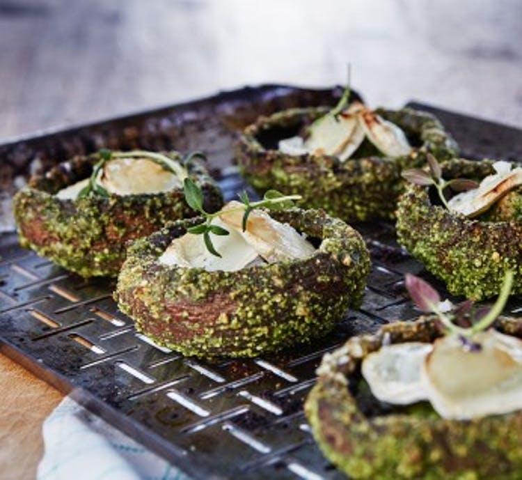 Gevulde Champignons met Pesto en Kaas I BBQ Recept I A-Z Barbecue Service